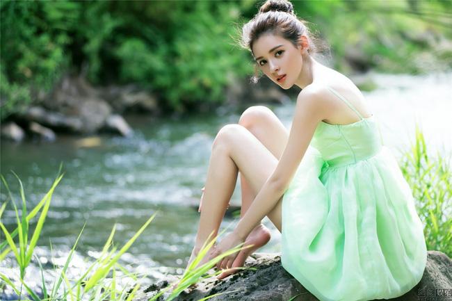 Đường tình nhiều ngả và danh sách bạn gái toàn chân dài siêu xinh của cậu ấm giàu nhất Trung Quốc - Ảnh 16.