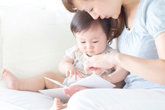 Trẻ sẽ thông minh hơn nên bố mẹ áp dụng những việc này từ 6 tháng tuổi - Ảnh 1.