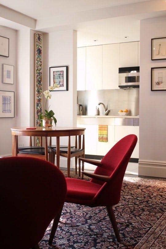 4 mẫu bàn ăn nhỏ nhưng có võ, cực dễ kiếm và dễ ứng dụng cho nhà chật - Ảnh 3.