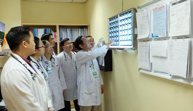 Vắc-xin ho gà không có hiệu lực vĩnh viễn: Đừng để trẻ tử vong vì căn bệnh này - Ảnh 2.