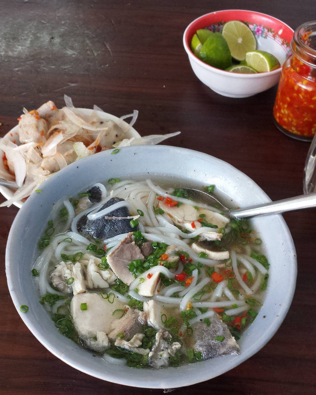 Điểm danh 5 món bánh canh dân dã nhưng ngon nổi tiếng của Việt Nam - Ảnh 3.