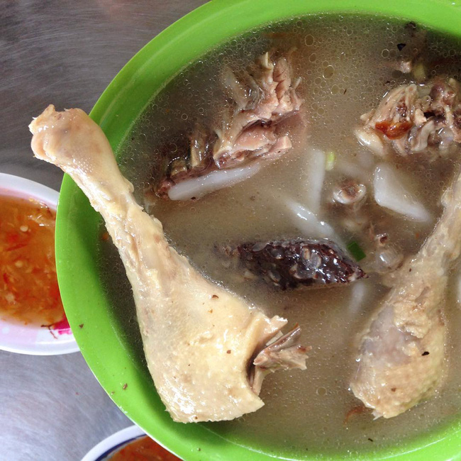 Điểm danh 5 món bánh canh dân dã nhưng ngon nổi tiếng của Việt Nam - Ảnh 9.