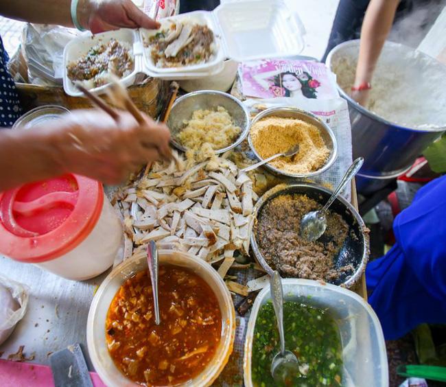 6 quán ăn bình dân chẳng cần quảng cáo nhưng lúc nào cũng tấp nập khách ở Sài Gòn - Ảnh 8.
