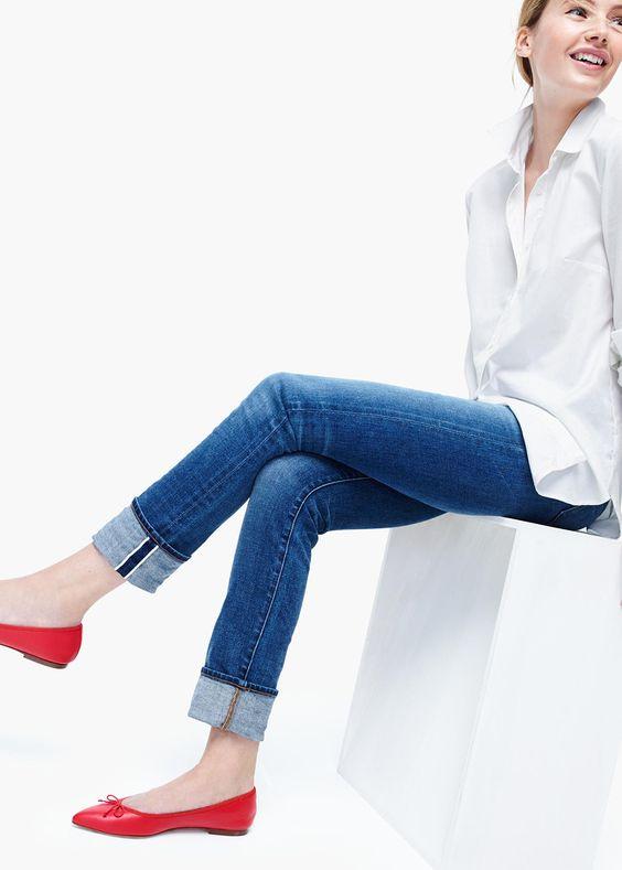 Những mẫu giày bệt thoải mái cho ngày nàng công sở quá mệt mỏi vì giày cao gót - Ảnh 1.