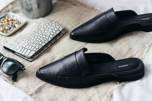 Những mẫu giày bệt thoải mái cho ngày nàng công sở quá mệt mỏi vì giày cao gót - Ảnh 15.