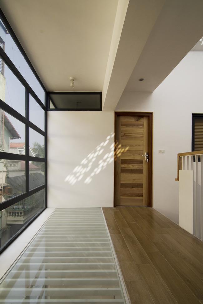 Ngôi nhà 60m² trong ngõ ở Giang Văn Minh: Từ cứ mưa to là ngập nay đẹp miễn chê, tầng nào cũng lung linh nắng - Ảnh 11.