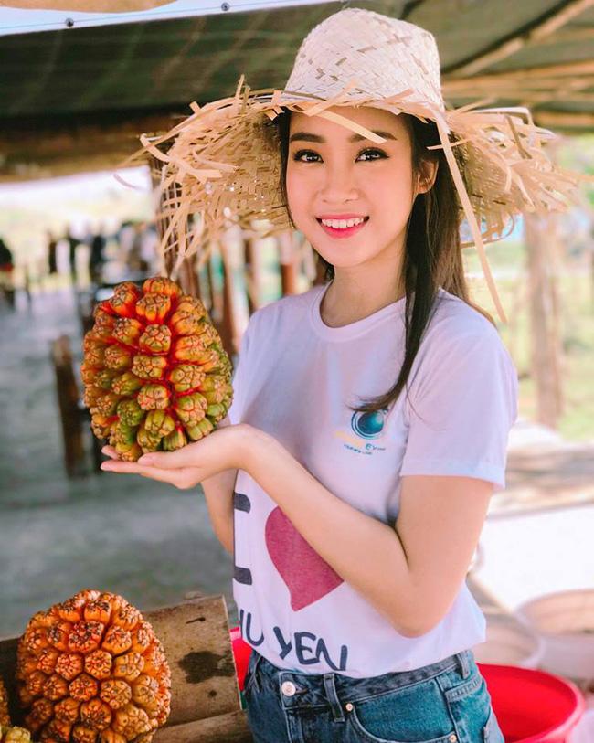 """photo 1 1491989187070 - Hoa hậu Mỹ Linh """"mách"""" hàng loạt món ăn vặt ngon, giá chỉ từ 3000đ ở xứ """"hoa vàng cỏ xanh"""""""
