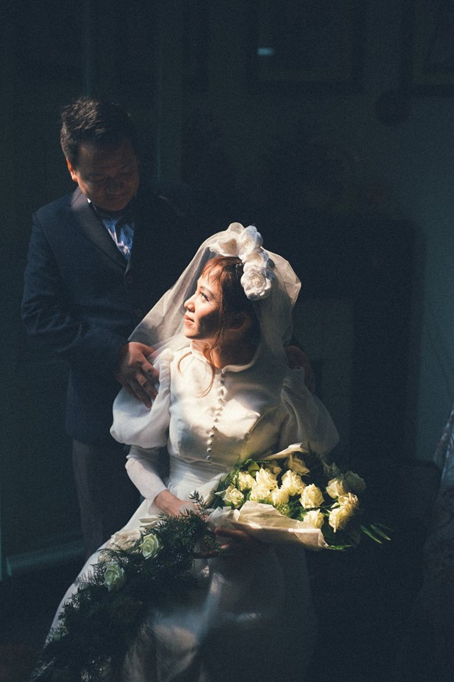 Phát sốt với 100 năm đám cưới Việt Nam, bộ ảnh cưới độc đáo của của cô dâu chú rể yêu những gì hoài cổ - Ảnh 22.