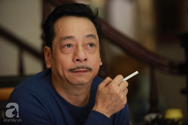 Ông trùm Phan Quân - NSND Hoàng Dũng: Từ người đàn ông bị cắm sừng đến ông trùm số 1 màn ảnh Việt - Ảnh 2.