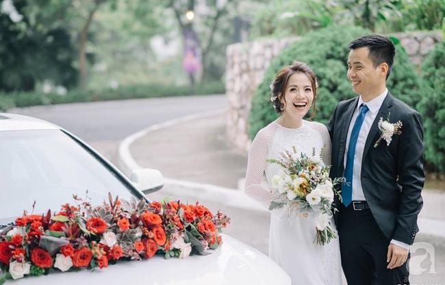 Cặp đôi Hà Thành trang trí tiệc cưới sân vườn với sắc đỏ đẹp như một giấc mơ về hạnh phúc - Ảnh 1.