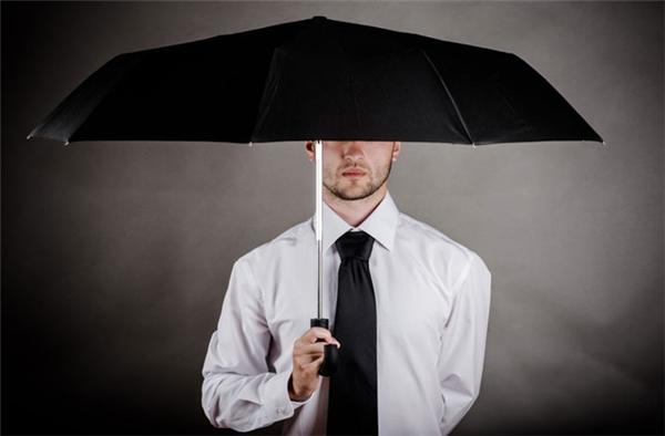 Vì sao người xưa tin rằng mở ô trong nhà sẽ đem lại vận xui? - Ảnh 1.