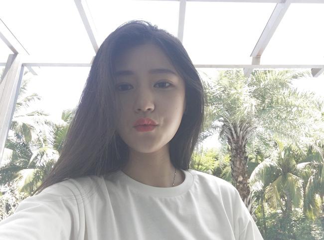 Cô bạn Trung Quốc dáng đẹp, mặt xinh đến mức con gái cũng ưng muốn xỉu! - Ảnh 1.