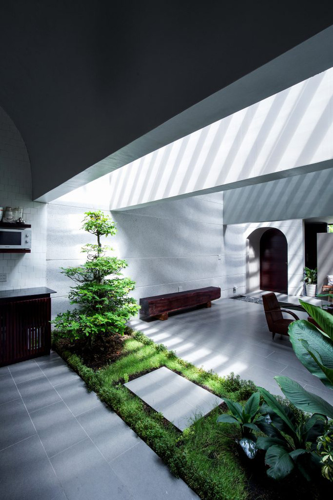 Ngôi nhà 200m² lấy cảm hứng thiết kế từ hang Sơn Đoòng ở Vĩnh Long nổi bật trên báo Mỹ - Ảnh 9.