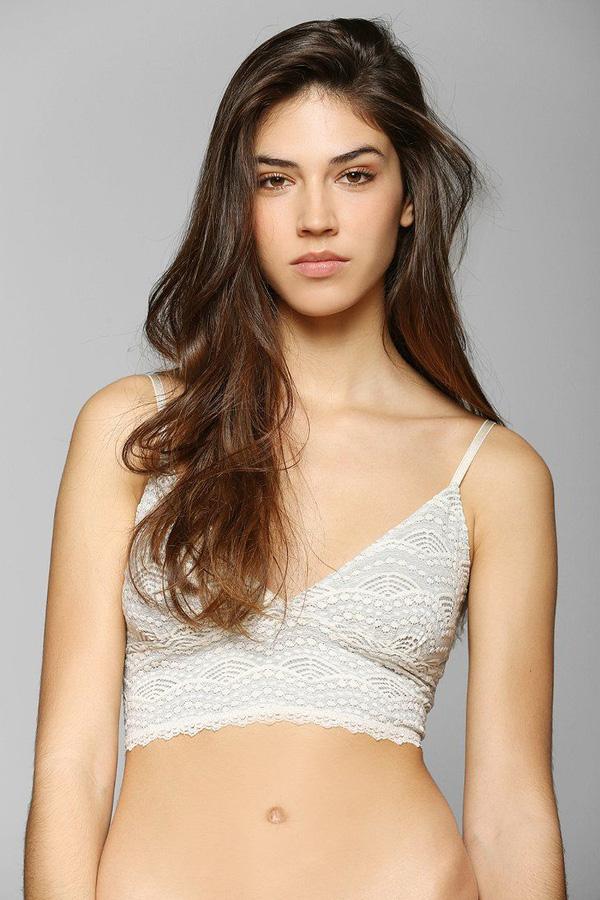Hãy để 5 thiết kế bra này yêu chiều làn da và vóc dáng của bạn trong hè nắng nóng - Ảnh 21.