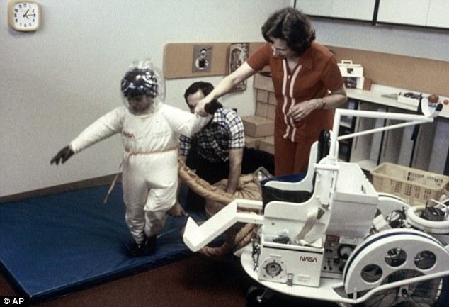 Cậu bé bong bóng: di sản của ngành y học và là phép màu đối với những cậu bé mắc bệnh SCID - Ảnh 6.