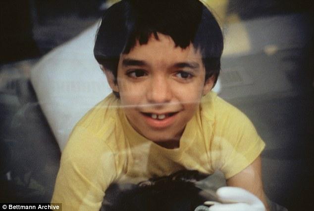Cậu bé bong bóng: di sản của ngành y học và là phép màu đối với những cậu bé mắc bệnh SCID - Ảnh 16.