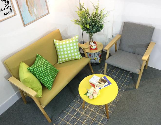 8 mẫu sofa nhỏ đẹp long lanh mà cực hợp cho nhà chật - Ảnh 1.