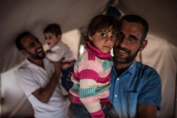 Ngày của cha: Những người cha trong cuộc chiến chống lại cái ác để bảo vệ con gái ở Iraq - Ảnh 2.