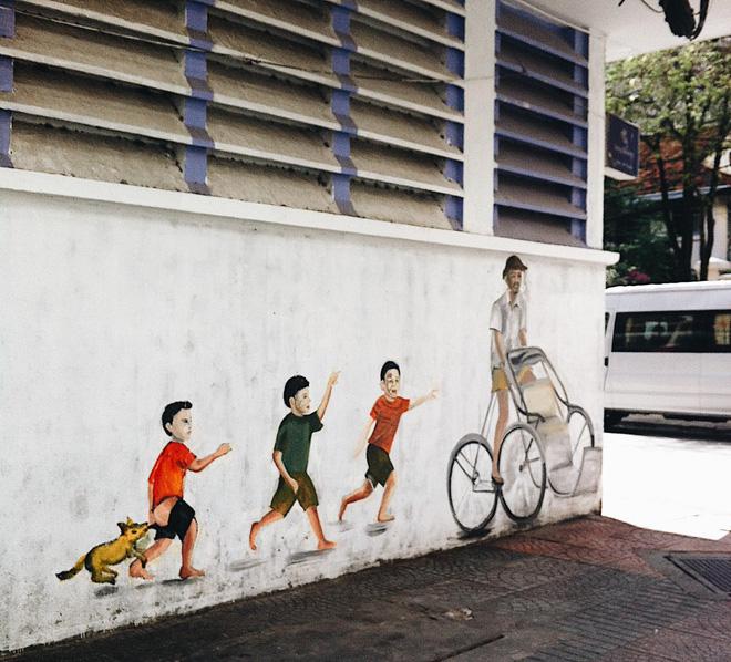 Vạn lần ngược xuôi Sài Gòn nhưng không phải ai cũng thấy những bức tranh tường chất ngất như thế! - Ảnh 1.