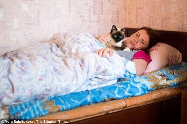 Ngôi làng kì lạ: người dân tự nhiên gục xuống ngủ mấy ngày liền mới dậy 3
