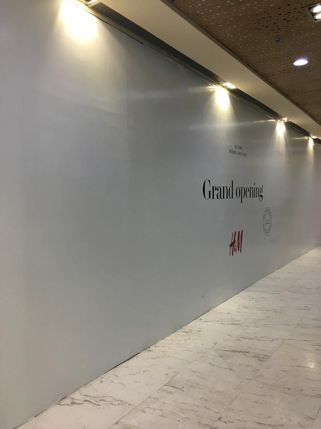 Store H&M mở ngay cạnh Zara, 7/7 tới giới thiệu BST đầu tiên tại Việt Nam! - Ảnh 1.