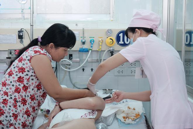 """Trưởng khoa Nhiễm – Thần kinh bệnh viện Nhi Đồng 1: """"Anti vaccine là cực kì nguy hiểm với sinh mạng của trẻ"""" - Ảnh 7."""