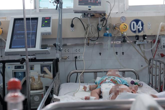 """Trưởng khoa Nhiễm – Thần kinh bệnh viện Nhi Đồng 1: """"Anti vaccine là cực kì nguy hiểm với sinh mạng của trẻ"""" - Ảnh 3."""