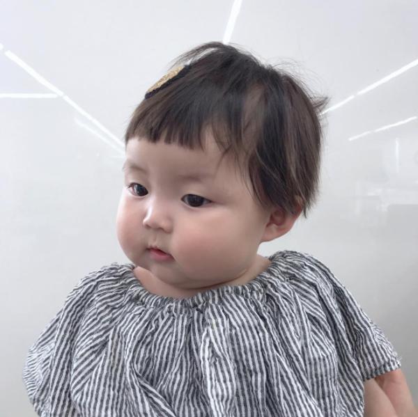 Cô nhóc người Hàn sở hữu cặp má bánh bao trong truyền thuyết siêu đáng yêu - Ảnh 1.