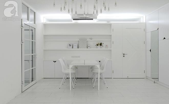 Căn hộ 65m² trắng tinh khôi ở Hà Nội do chính chàng KTS 8x thiết kế cho gia đình mình - Ảnh 5.
