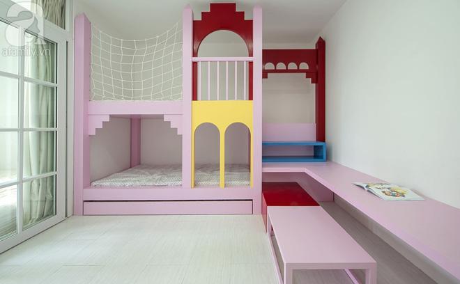 Căn hộ 65m² trắng tinh khôi ở Hà Nội do chính chàng KTS 8x thiết kế cho gia đình mình - Ảnh 13.