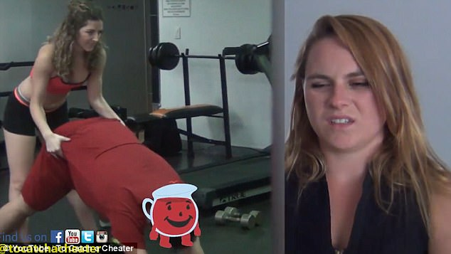 Thuê nữ huấn luyện viên sexy thử lòng bạn trai, cô gái trẻ hối hận khi chứng kiến cái kết - Ảnh 2.