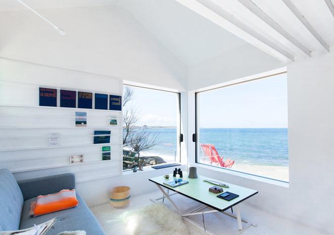 Căn nhà ven biển của chàng trai độc thân chỉ 12m² nhưng đã nhìn là mê tít bởi quá đẹp và tiện nghi - Ảnh 5.