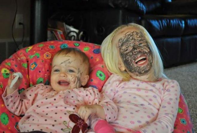 28 thảm cảnh dở khóc dở cười bố mẹ được chứng kiến sau khi để lũ trẻ ở nhà một mình - Ảnh 33.