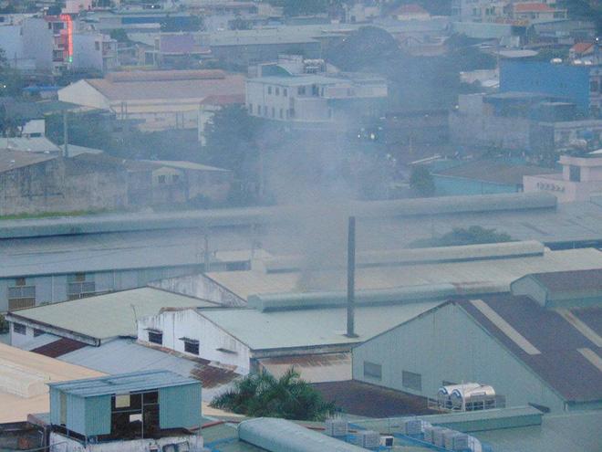 TP.HCM: Sống chung với khói bụi mù trời, 500 hộ dân chung cư quận 12 đồng loạt ký đơn kêu cứu khẩn cấp - Ảnh 5.