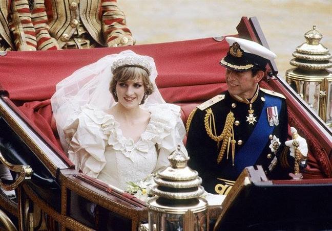 Cuộc chiến ngầm trong đêm tiệc đặt dấu chấm hết cho cuộc hôn nhân của Công nương Diana lần đầu được tiết lộ - Ảnh 3.