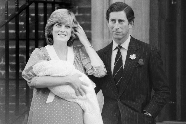 Những khoảnh khắc tố cáo sự suy sụp và tương lai bất hạnh của Công nương Diana lần đầu được tiết lộ - Ảnh 5.