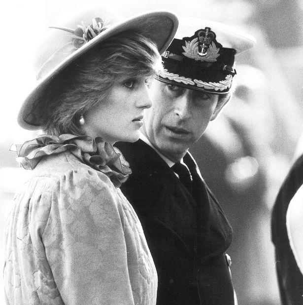 Những khoảnh khắc tố cáo sự suy sụp và tương lai bất hạnh của Công nương Diana lần đầu được tiết lộ - Ảnh 7.
