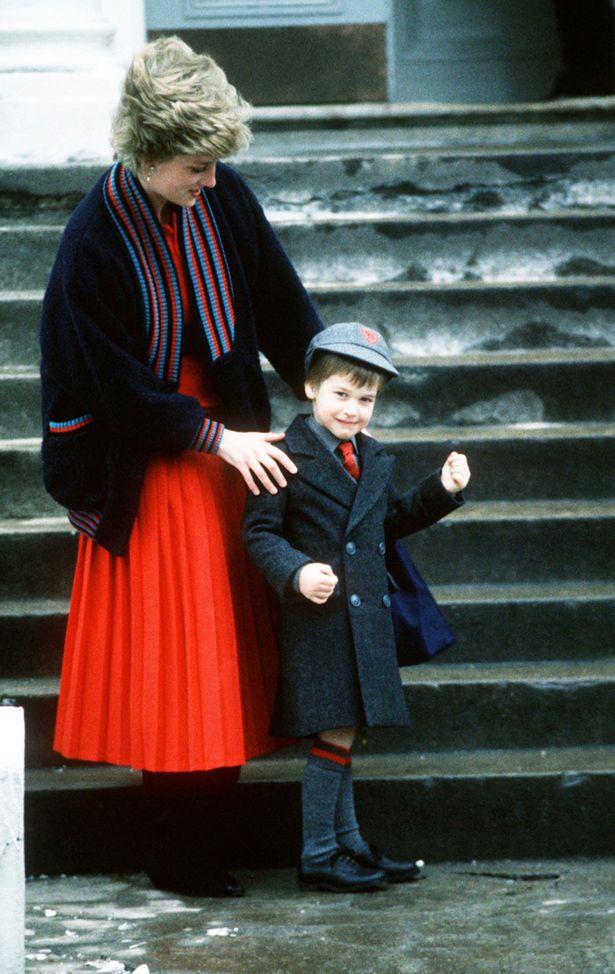 Những khoảnh khắc tố cáo sự suy sụp và tương lai bất hạnh của Công nương Diana lần đầu được tiết lộ - Ảnh 10.