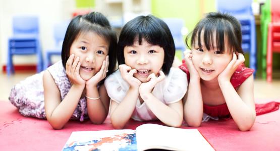 """Thư bố gửi con gái vào lớp 1: """"Học ít thôi, chơi là chính"""" khiến người đọc bật cười - Ảnh 1."""