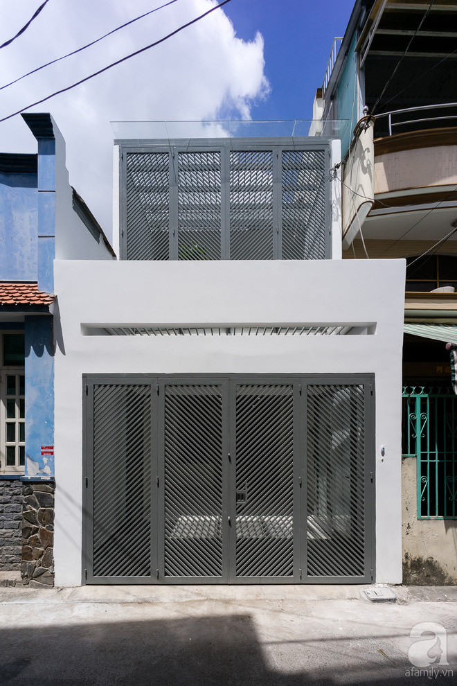Ngôi nhà 40m² từ xuống cấp trầm trọng thành nơi nằm nghe nắng mưa lý tưởng của gia đình trẻ ở Sài Gòn - Ảnh 3.