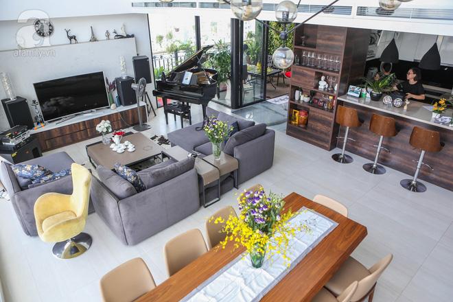 Căn hộ penthouse 300m² với hướng nhìn ra sông Hồng tuyệt đẹp của nữ giám đốc thời  trang - Ảnh 5.