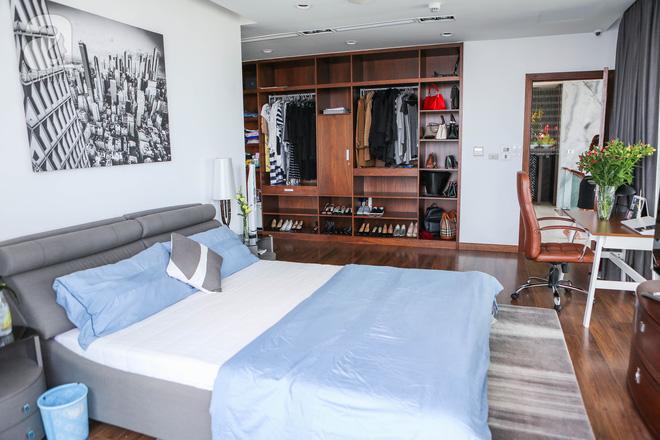 Căn hộ penthouse 300m² với hướng nhìn ra sông Hồng tuyệt đẹp của nữ giám đốc thời  trang - Ảnh 13.