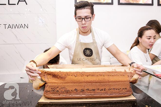 Cuối cùng, bánh bông lan khổng lồ Đài Loan từng gây sốt ở Sài Gòn cũng đã tới Hà Nội - ảnh 3