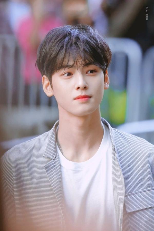 Lộ diện thần tượng đẹp trai nhất Hàn Quốc, đánh bật Lee Min Ho, Song Joong Ki - Ảnh 3.