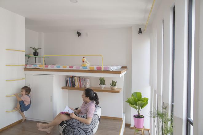 Ngôi nhà 18m² trong hẻm nhỏ vạn người mê của cặp vợ chồng trẻ ở Sài Gòn - Ảnh 14.
