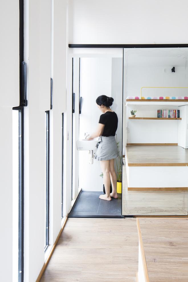 Ngôi nhà 18m² trong hẻm nhỏ vạn người mê của cặp vợ chồng trẻ ở Sài Gòn - Ảnh 15.