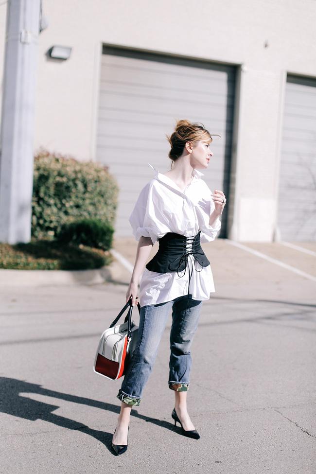 Ngại rút hầu bao mua thêm áo sơmi, thì bạn có thể tham khảo 5 cách mặc này để đổi mới - Ảnh 4.