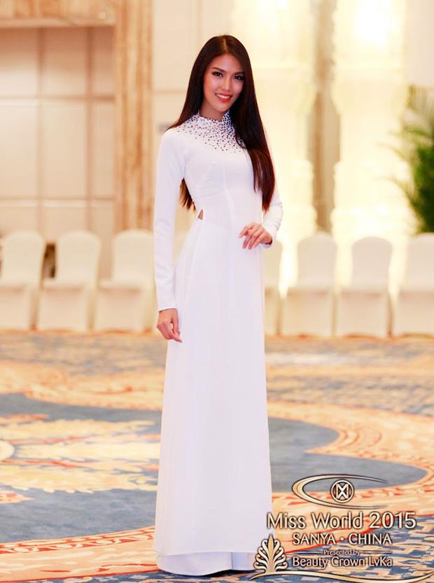 Đi thi Miss World, các người đẹp Việt thường chuẩn bị những kiểu áo dài như thế nào? - Ảnh 1.