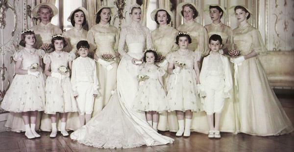 Toàn cảnh đám cưới thế kỷ vươt mặt ngày trọng đại của công nương Kate - hoàng tử William về độ xa hoa - Ảnh 12.
