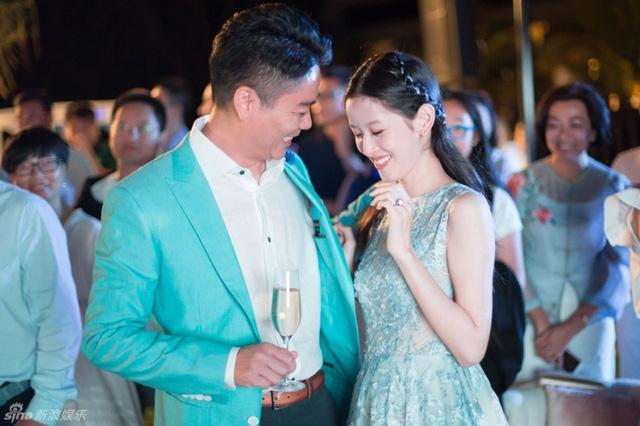 Bí quyết độc của những cặp vợ chồng tiền tỷ càng yêu lâu càng say đắm nhau - Ảnh 4.